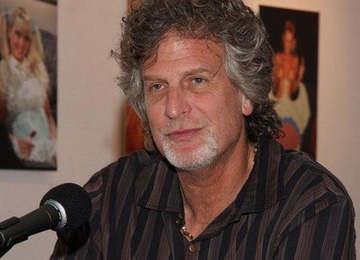 Пол Томас
